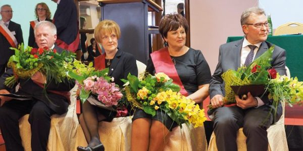 Lekarze na medal Medal Lubelskiej Izby Lekarskiej otrzymali Barbara Hasiec, Maria Dura i Czesław Sudewicz