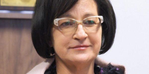 Iniekcja, która odmienia życie z prof.Dorotą Krasowską, kierownikiem Katedry iKliniki Dermatologii, Wenerologii i Dermatologii Dziecięcej UM wLublinie, rozmawia Anna Augustowska