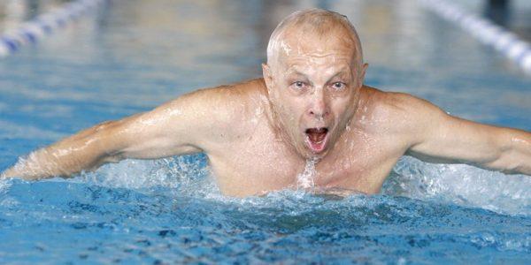 Moja pasja daje mi zdrowie i energię z Januszem Schabowskim, gastroenterologiem, wielokrotnym medalistą i mistrzem pływackim, rozmawia Anna Augustowska