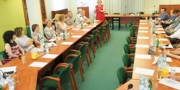 Dyskutujmy mimo różnic 5 czerwca 2019 roku wcyklu spotkań Komisji ds. Lecznictwa Otwartego Lubelskiej Izby Lekarskiej odbyło się spotkanie zdyrektorami szpitali zterenu województwa lubelskiego.